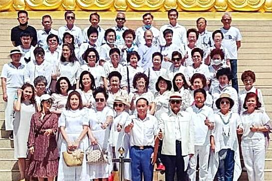 """สถาบันเครือข่ายไทยสร้างสรรค์ นำ 60 นักธุรกิจ และสตาร์ทอัพทำบุญเนื่องใน""""วันแม่แห่งชาติ"""""""